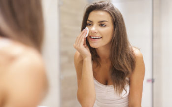 Super-easy Steps to Removing Makeup