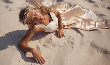 Makeup-Artist-UK_-_Destination-Weddings-Dubai-Bride