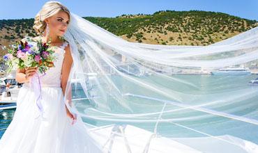 Makeup-Artist-UK_-_Destination-Weddings-Santorini-Bride